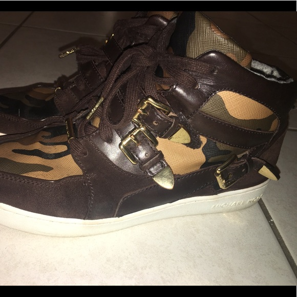 Camouflage Fashion Sneakers Sz 85